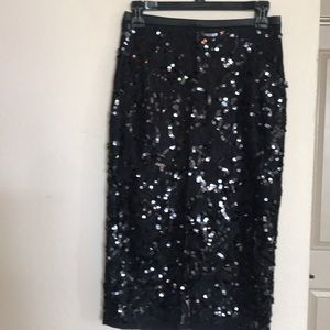 Black sequin pencil skirt with leather band